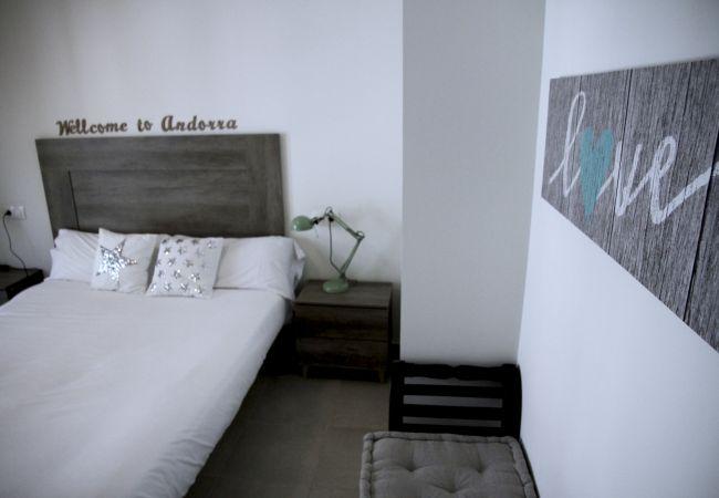 Appartement à Santa Coloma - Prat Condal *** 2/4 (4t 1a)