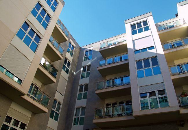 Apartament en Santa Coloma - Prat Condal***, 4/6 (1r 4a)